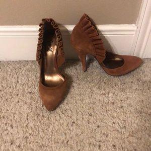 Brown suede heels. Carlos by Carlos Santana